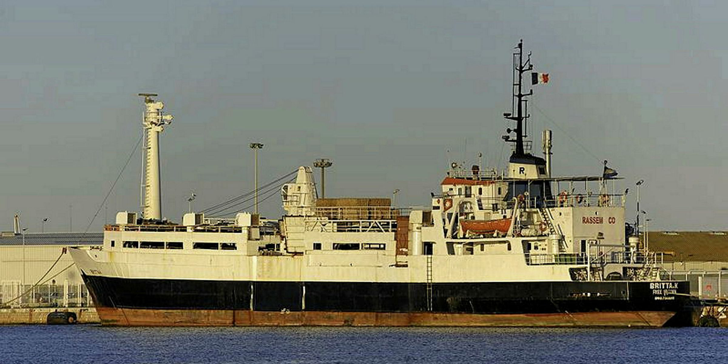 Livestock ship to be towed from Corsica to Beirut   TradeWinds