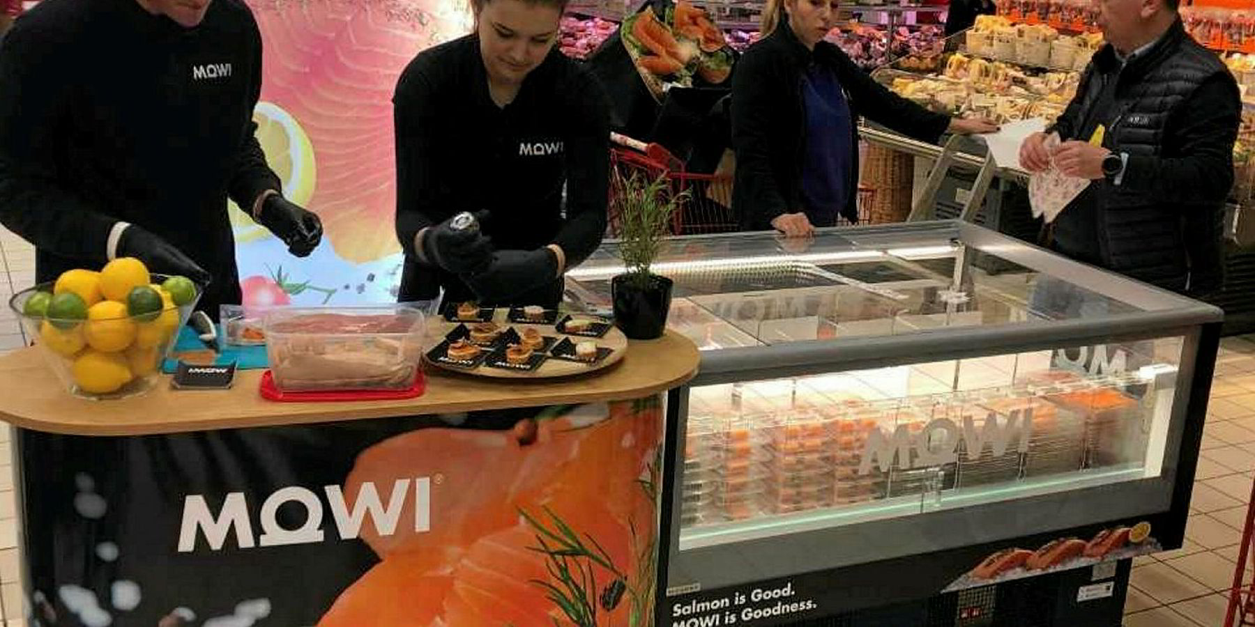 Mowi's first branded products hit stores, and Polish consumers snap them up  | Intrafish