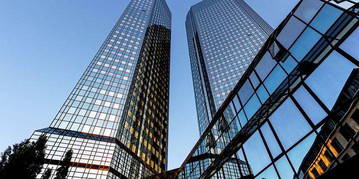 Deutsche Bank sees happy holidays for scrubber investors