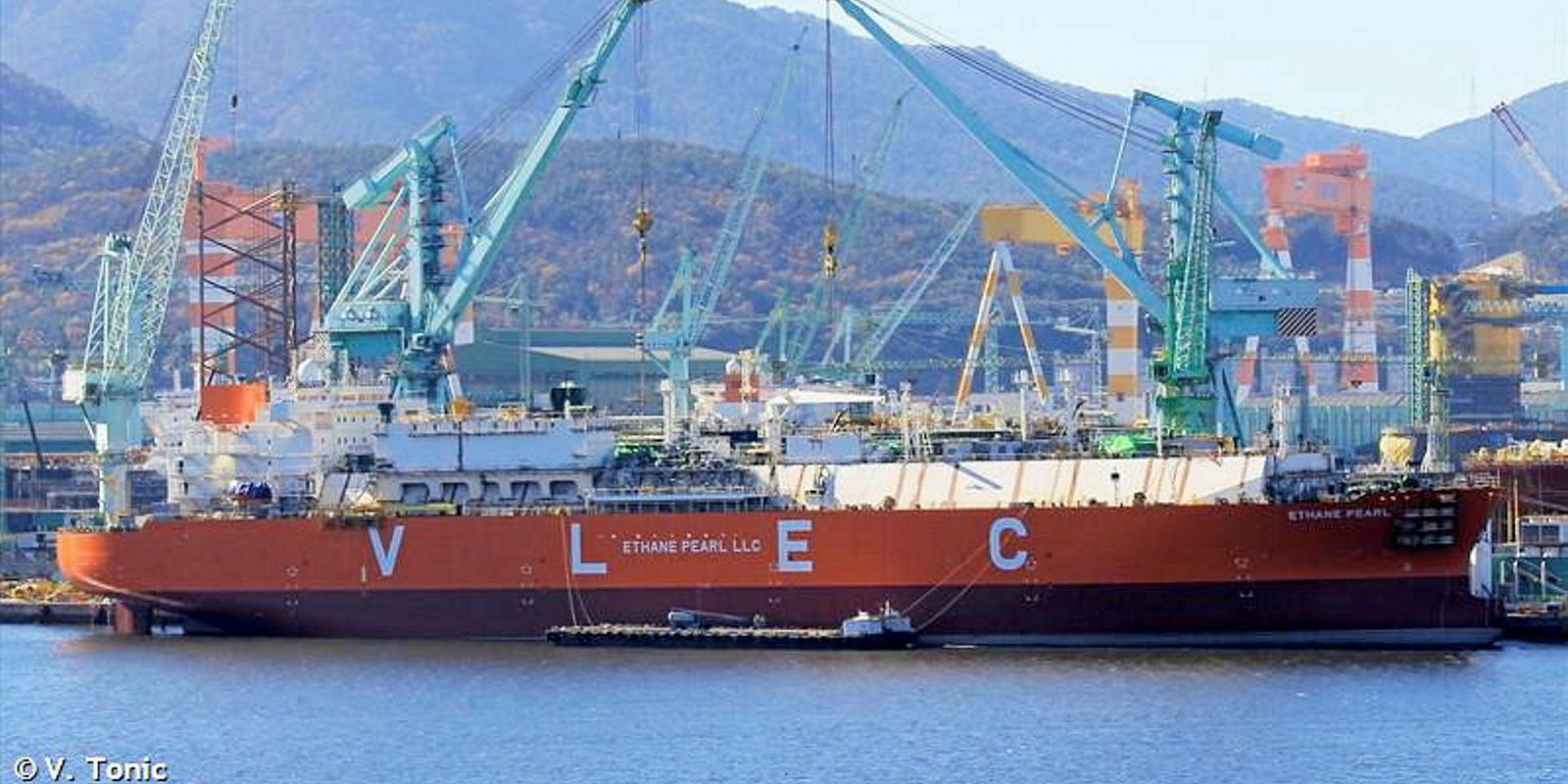 Mitsui OSK Lines Snaps Up Stake In Reliance Industries